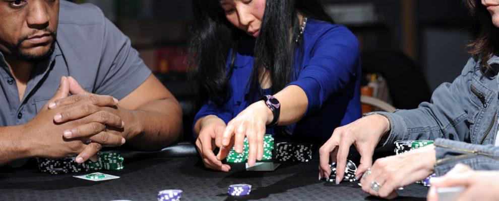 Betting-movement-tells